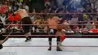 WWE Raw 2007-09-03 ( HHH vs Umaga )