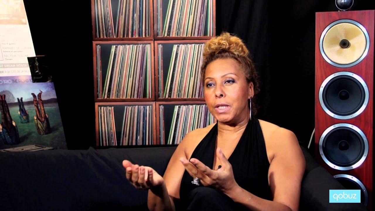 Elisabeth Kontomanou | Interview vidéo Qobuz