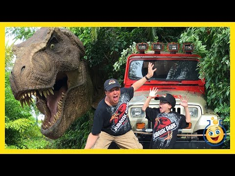 Thumbnail: Jurassic Park T-Rex GIANT LIFE SIZE DINOSAURS Islands of Adventure Universal Studios Family Fun Toys
