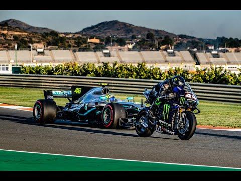 Valentino Rossi en Lewis Hamilton wisselen van machines