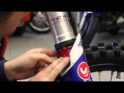 Simple offroad motorcycle suspension seal (semering) cleaning