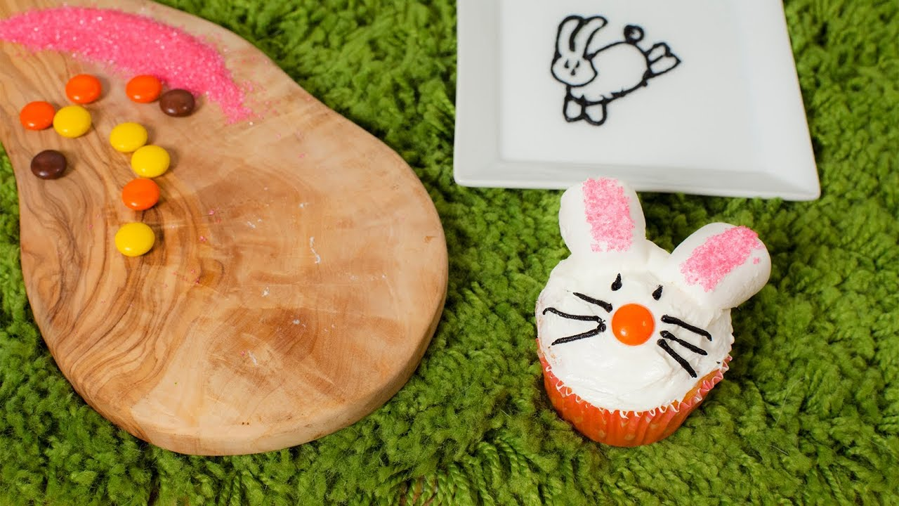 rezept cupcakes f r ostern verzieren als osterhase lamm und osternest youtube. Black Bedroom Furniture Sets. Home Design Ideas