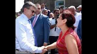 Հարգելի, մեր շատ սիրելի վարչապետ ջան, շնորհակալ ենք ձեզանից, որ սարքում եք մեր փողոցները