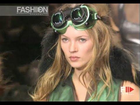 CHANEL Fall 1994/1995 Paris - Fashion Channel