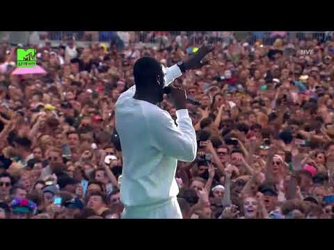 STORMZY - Big For Your Boots  LIVE @ V FESTIVAL 2017