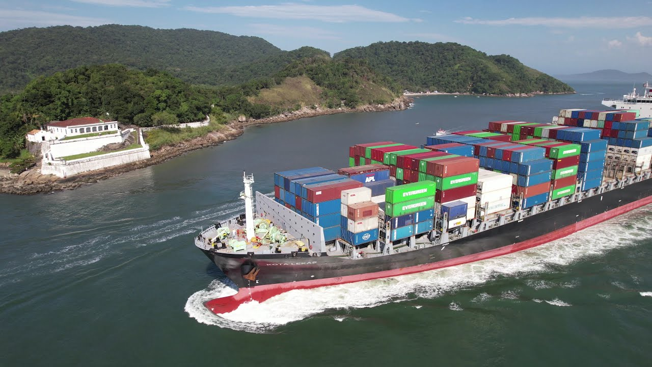 "Download Container Ship ""Kota Lekas"" - 30/05/2021"