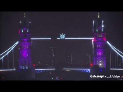 London landmarks turn pink for Royal Princess