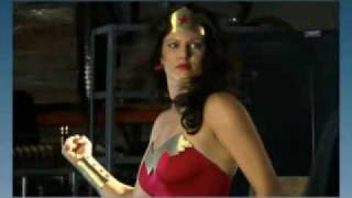 Repeat youtube video wonder woman: submission