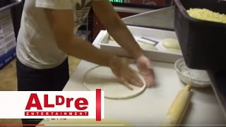 "How To Make Pizza For Delivery "" Famous Famiglia "" [hd]"