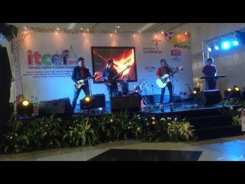 Kayu Band - Tinggalkan Kenangan