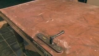 видео Обивка дверей кожзаменителем