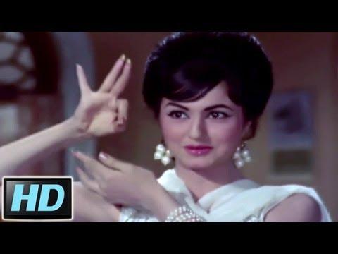 Aamdani Attanni Kharcha Rupaiya - Asha, Mahendra Kapoor, Teen Bahuraniyan Song