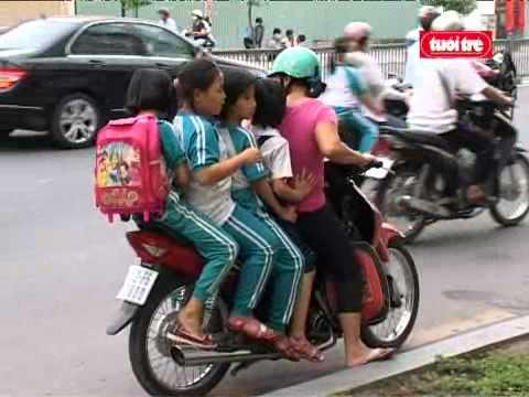 Tai nạn giao thông - Do phụ huynh???