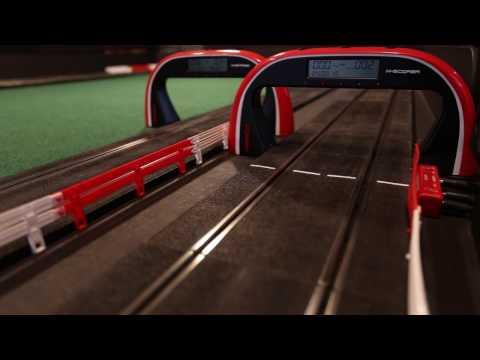 Vazigo.  Fantastiques mini-autos de courses électrique (Slot cars)