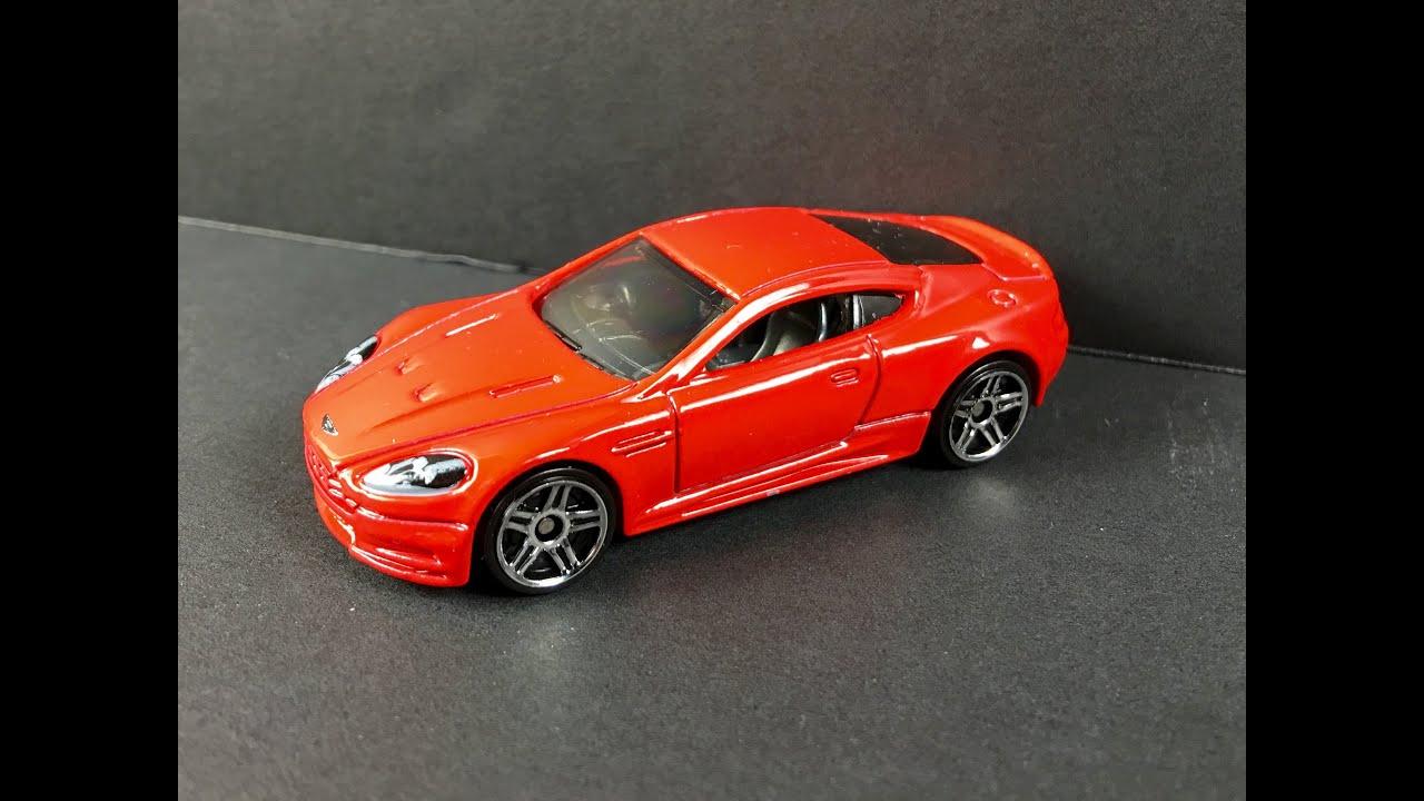 Hot Wheels Aston Martin DBS Review 1:64 - YouTube