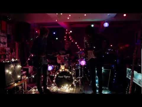 The New Tigers - Velvet Jam (Official Video)