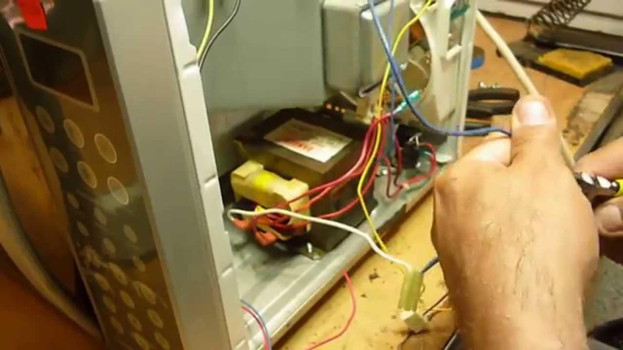 Como Modificar Un Microondas Que Funde Los Fusibles Cuandro Abres La Puerta Youtube