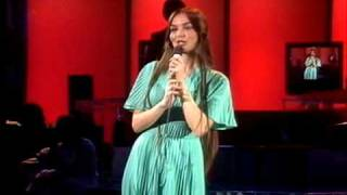 Crystal Gayle - You Never Miss A Real Good Thing