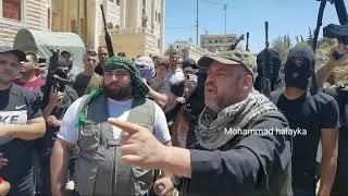 مسلحون في تشييع نزار بنات: سنأخذ حقنا بسلاحنا من قتلة ابننا فقط