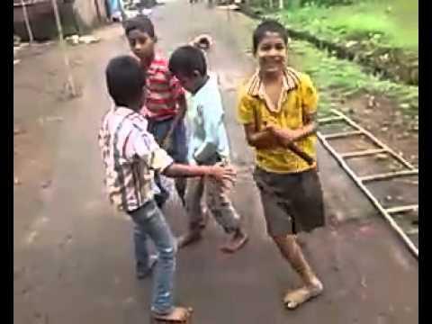 Shitti Vajli Gadi Sutli Dhamal Song