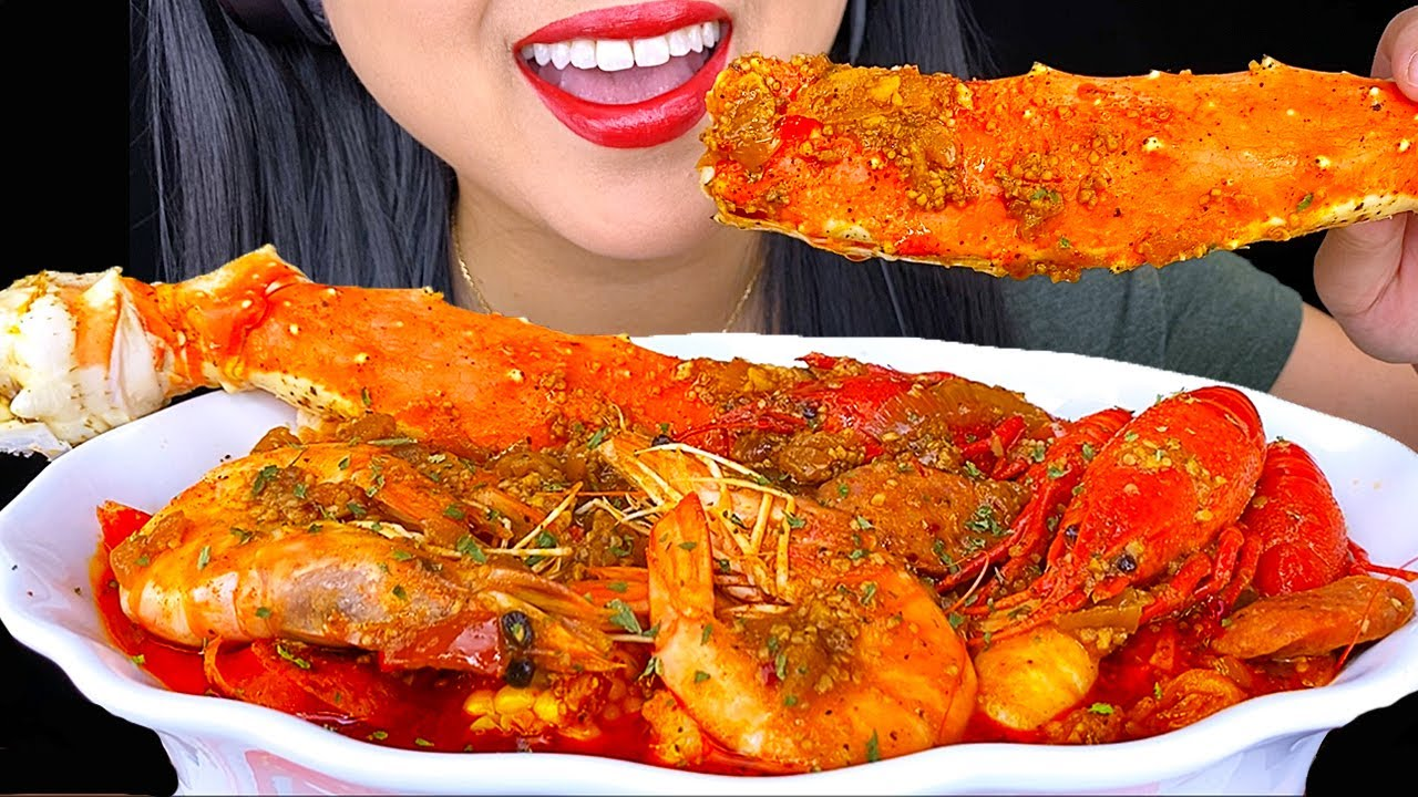 ASMR KING CRAB SEAFOOD BOIL MUKBANG 먹방 Eating Sounds (NO TALKING) ASMR Phan