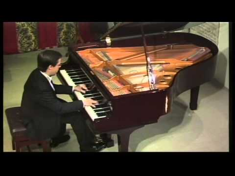 Ashley Fripp (piano) plays Rachmaninov : Preludes Op 23 nos 9 & 5