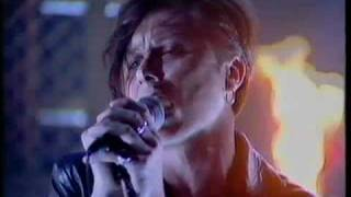 Suede - We Are The Pigs (Top Of The Pops, September 1994)