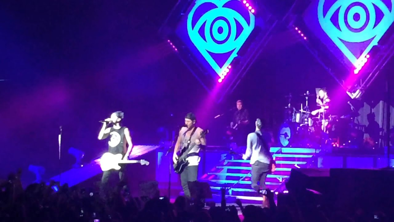 all time low the theater at madison square garden dancing with