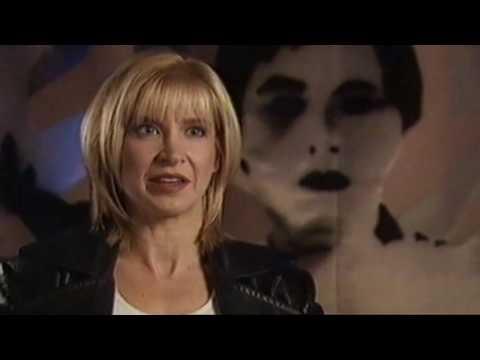 """""""Battling Babes"""" Featurette (2002)"""