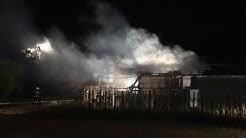 Scheune vollständig ausgebrannt - 2 verletzte Feuerwehrleute in Troisdorf-Bergheim 27.9.18 + O-Ton