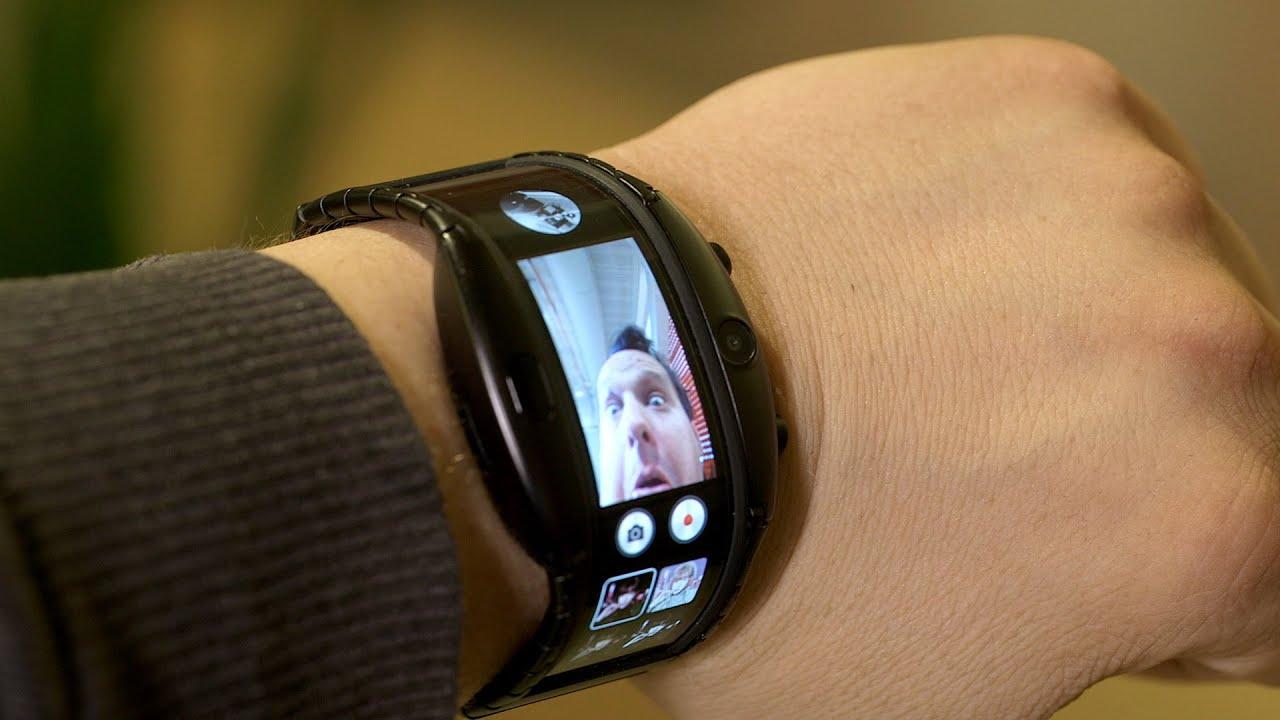 Часы смартфон ZTE NUBIA ALPHA с OLED-дисплеем в Хасавюрте