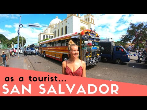 San Salvador | English girl exploring El Salvador & gives ho