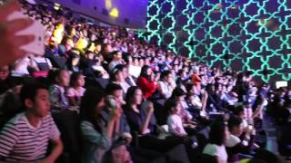 Джеки Чан спел на кинофестивале в Астане