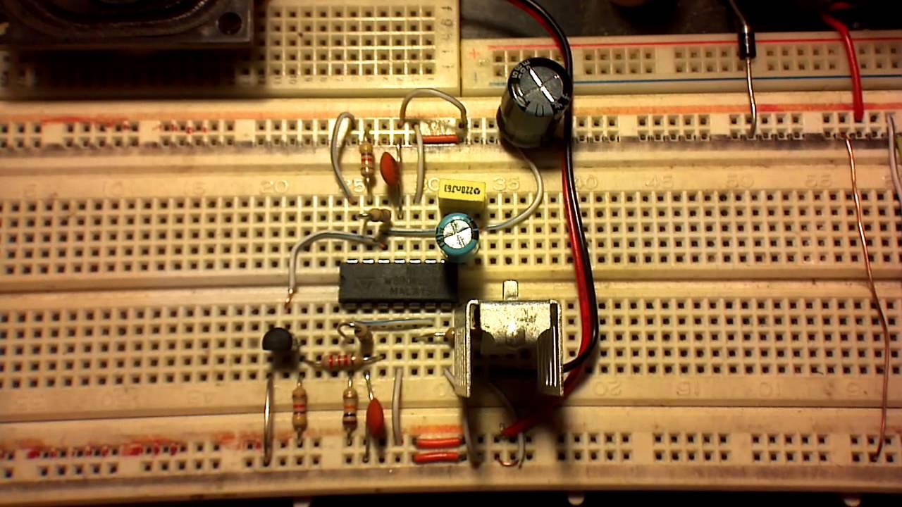 American Police Siren Kit 2 Ic Transistors Resistors And Using 555 Circuit Schematic Diagram Capacitors