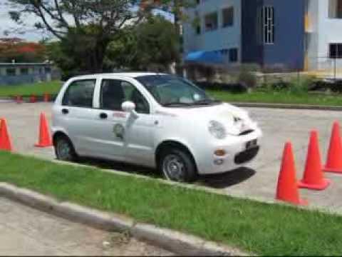 de estacionamiento para prueba practica.flv