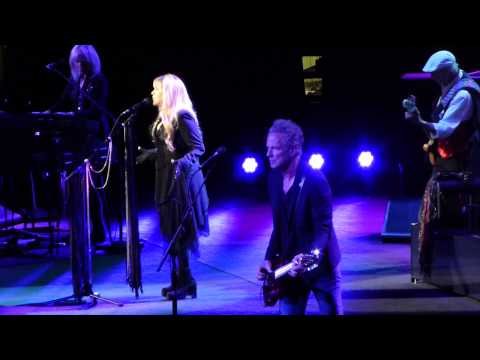 """Dreams"" Fleetwood Mac@Wells Fargo Center Philadelphia 10/29/14"