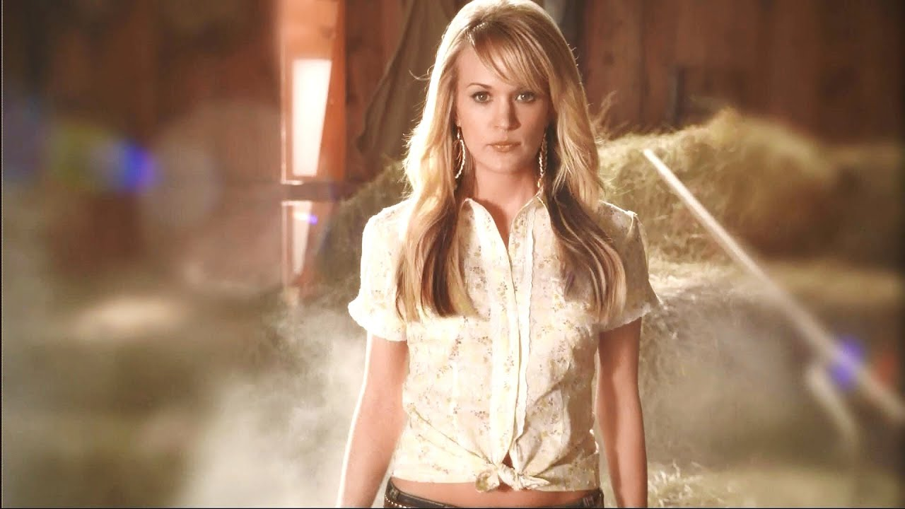 Carrie Underwood - Cupid's Got a Shotgun - YouTube
