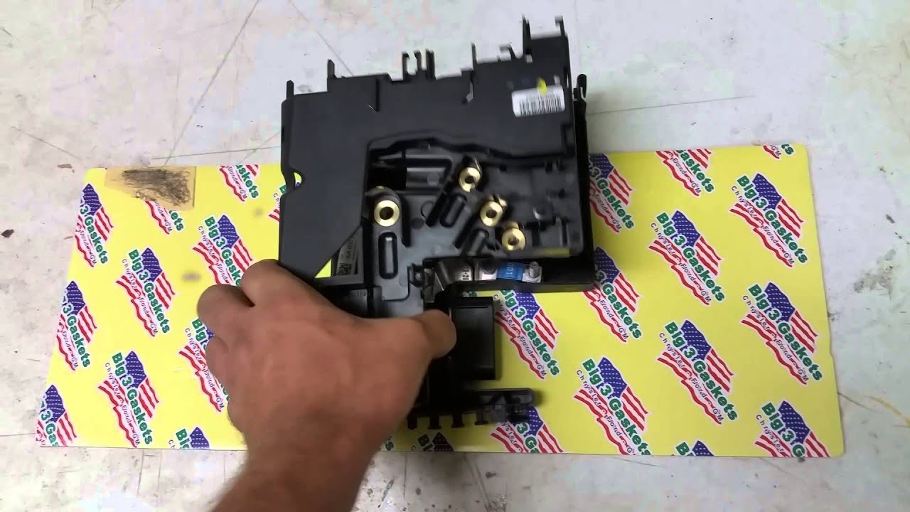 How To Rebuild Mercedes Sam Module Main Fuse Block Youtube 1996 Ford E350 Box