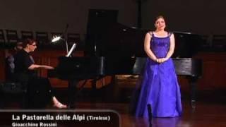 """Elizabeth Caballero sings """"La pastorella delle Alpi"""""""
