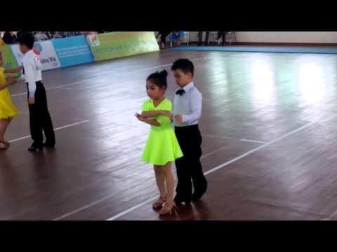 Khiêu vũ nhí Linh Anh (25 1 2015)-4