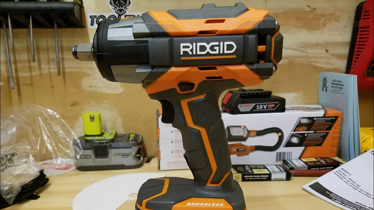 Ridgid 18v Gen5x Brushless 1 2 In Impact Wrench Removing Lug Nuts R86011b