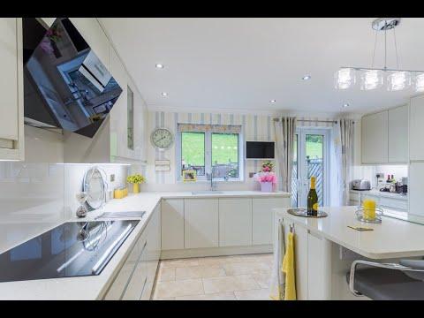 Handleless White Gloss Porcelain Curved Kitchen Doors Youtube