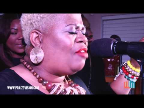 """Maranda Willis Premieres her new song """"Your Presence"""" on 'What's Inside'"""
