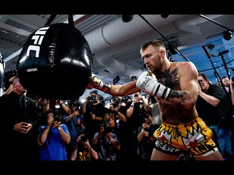 Mayweather vs McGregor: Conor McGregor Media Day Workout