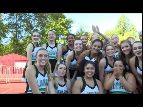 Cheerleaders: West Linn High School