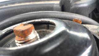 Suspension bounce and clunking noise