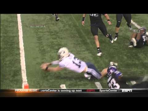 BYU QB Riley Nelson gives referee a high five Funny Stuff!