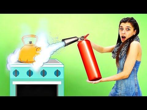 Барби устроила пожар! Уборка дома - Мультики для девочек. Ох, уж эти куклы