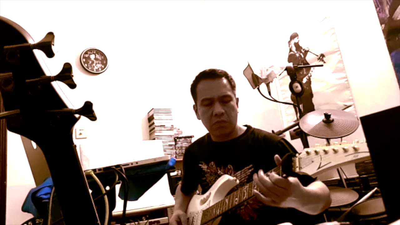 HANGAR 18   Megadeth (Bedroom Jam 2018)   YouTube