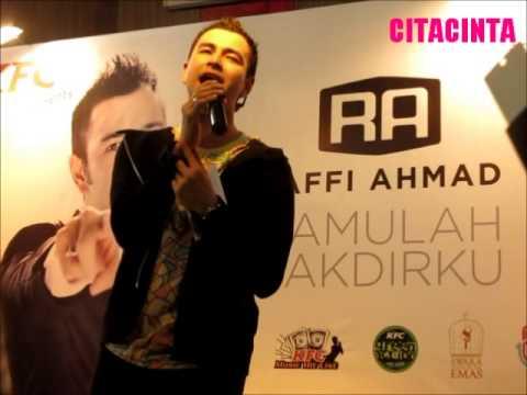 Raffi Ahmad-Pesawat Terbang (Live at Launching Album Kamulah Takdirku)